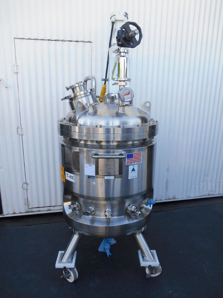 250 liter Precision Reactor w/ Mixer