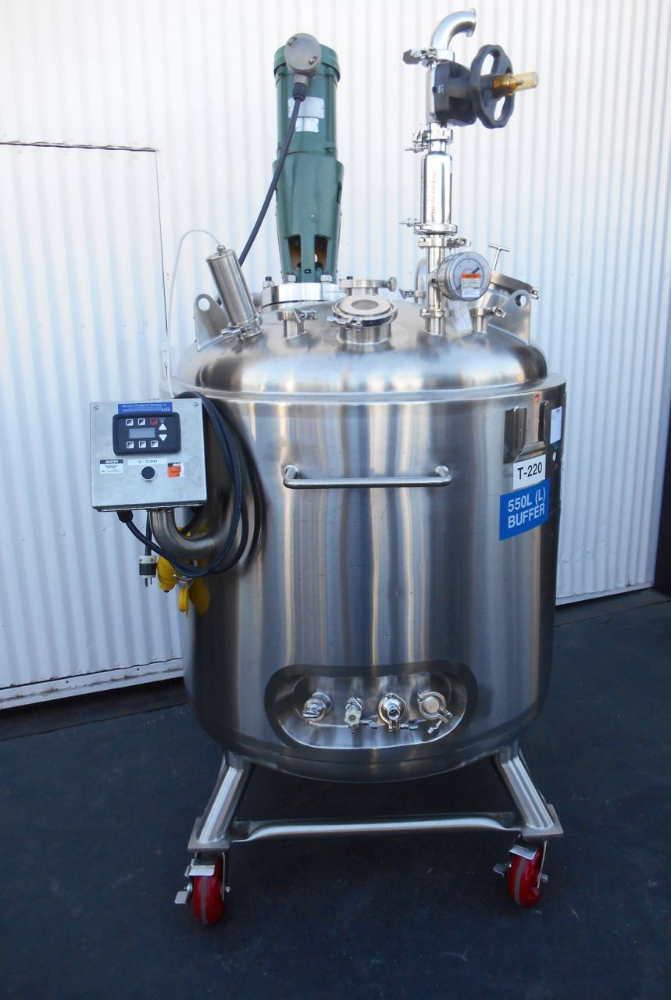 550 liter Precision Reactor w/ Mixer