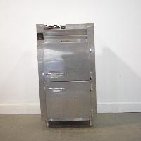 Traulsen RLT 1-32WUT Freezer
