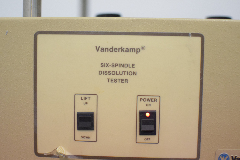 Vankel VK-6000 6 Spindle Dissolution Tester