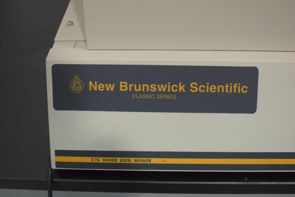 New Brunswick Classic C76  Water Bath Shaker