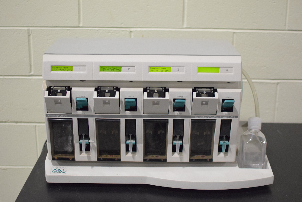 GeneChip Fluidics Station 400
