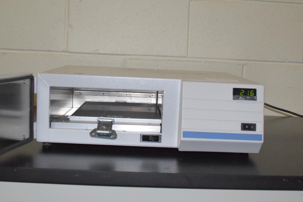 VWR Slide Hybridization Oven