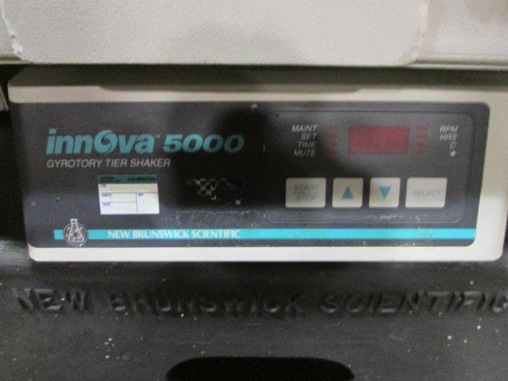 New Brunswick Innova 5000 Gyrotory Tier Shaker