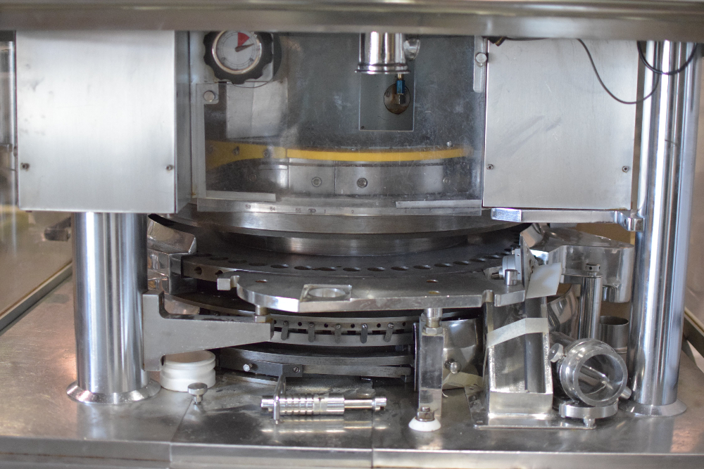 Cadmach CPD IV-55 Tablet Press
