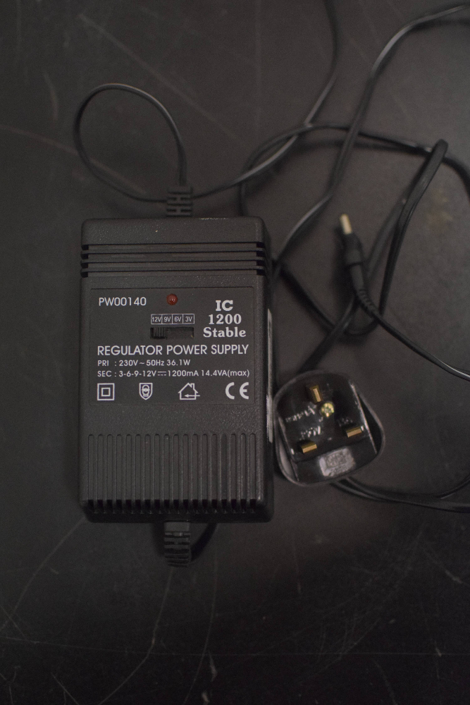 IC 1200 Stable Regulator Power Supply