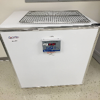 Fisher Scientific 146E Incubator