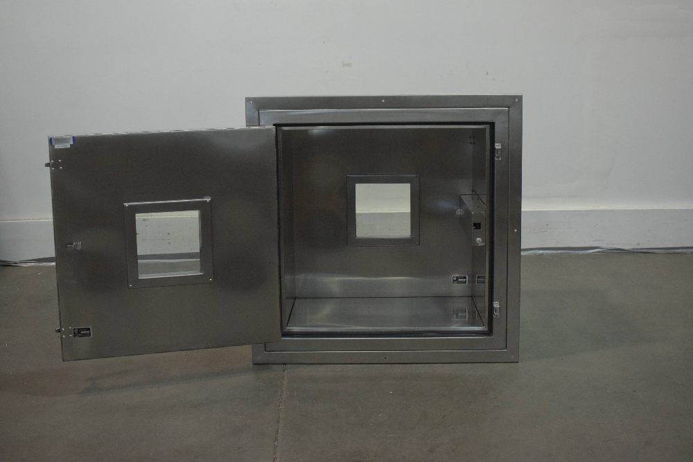G2 Automated Technologies EnviroPass Cleanroom Pass Through