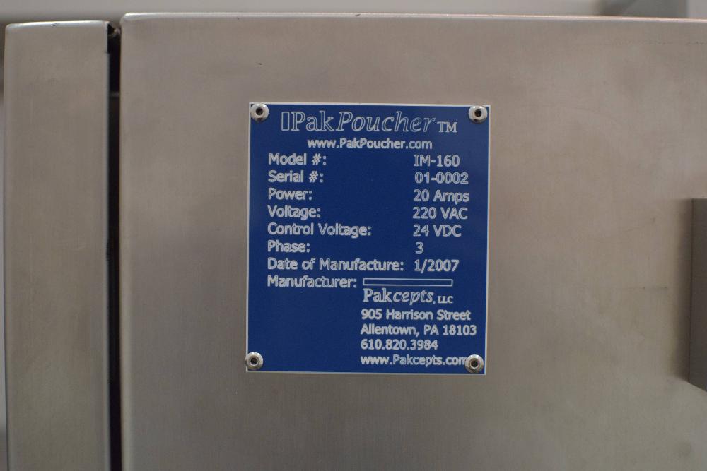 Pak Poucher IM-160 Poucher