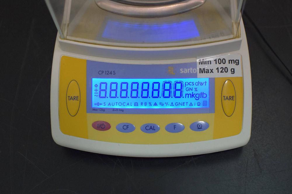 Sartorius CP124S Analytical Balance