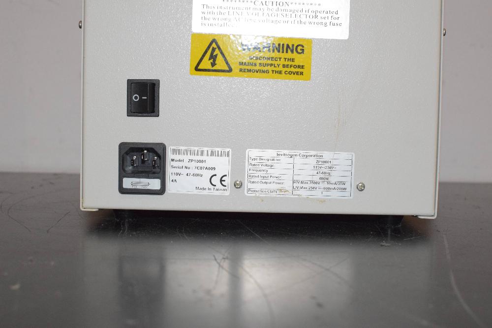 Invitrogen ZP10001 Zoom Dual Power