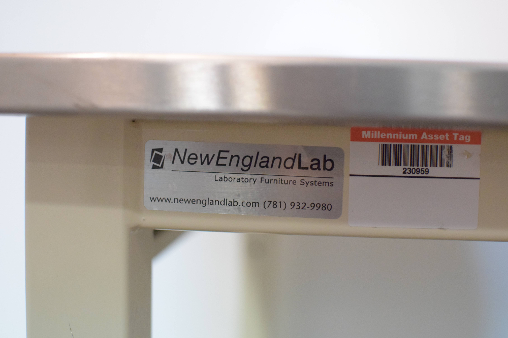 New England Labs Table