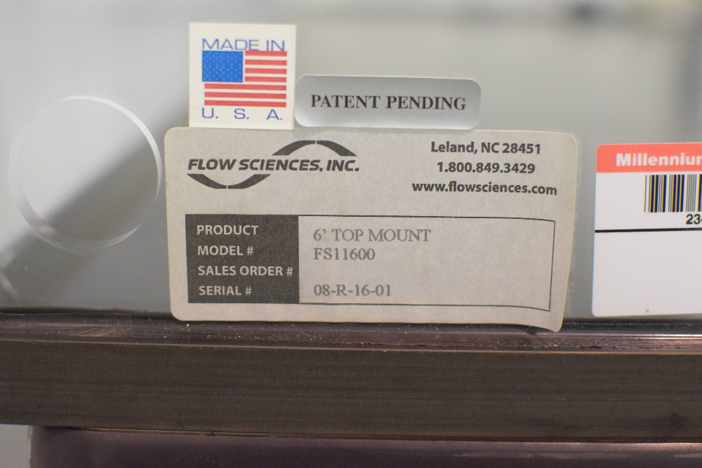 Flow Sciences model 4720 Balance Safety Enclosure
