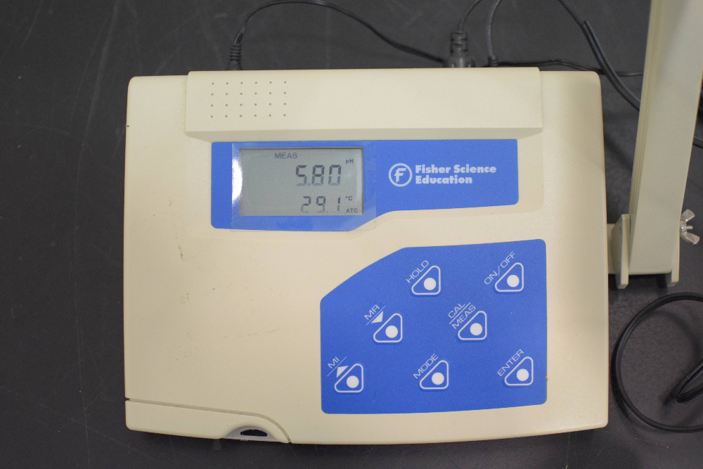 Fisher Science Education pH 510 Bench Meter