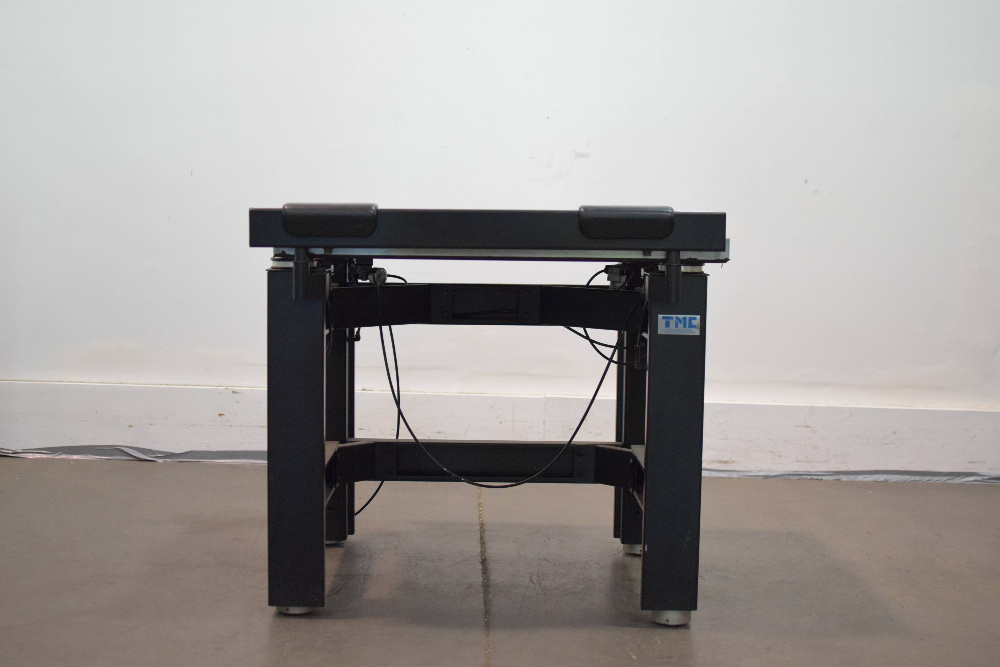 Technical Manufacturing Corp Micro-g Lab Table