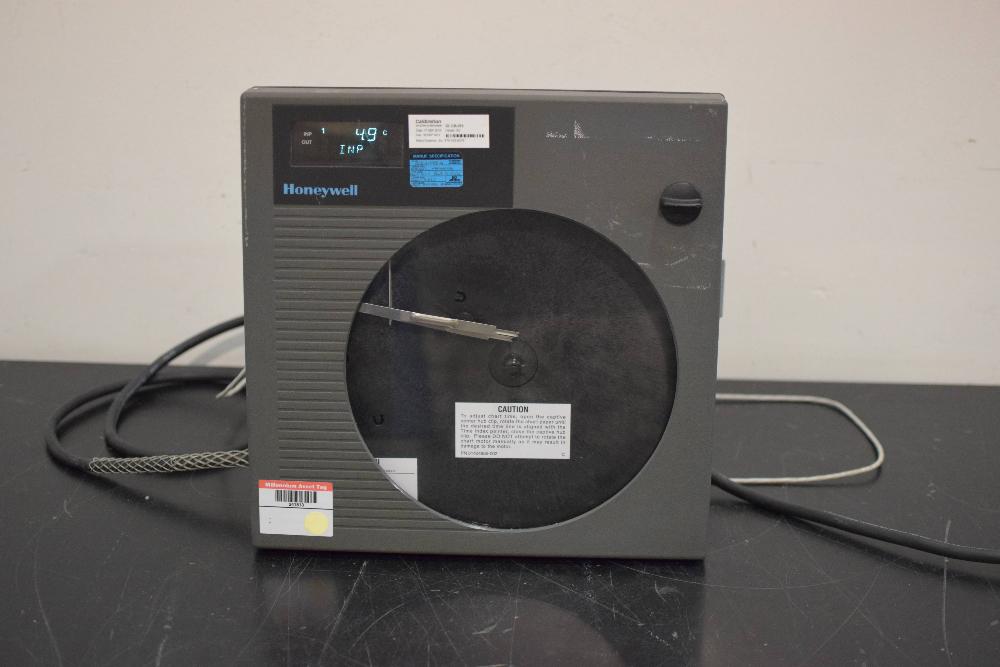 Honeywell DR4300 Circular Chart Recorder
