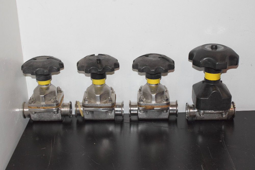 Lot of (4) Fittings with Turn handles