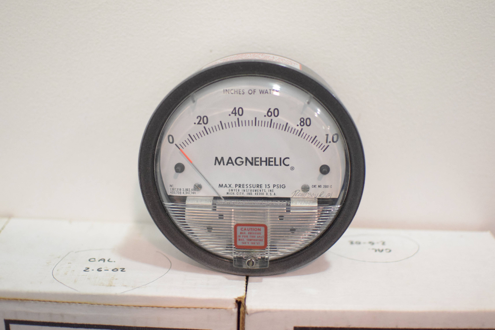 Lot of (7) Dwyer Pressure Gage