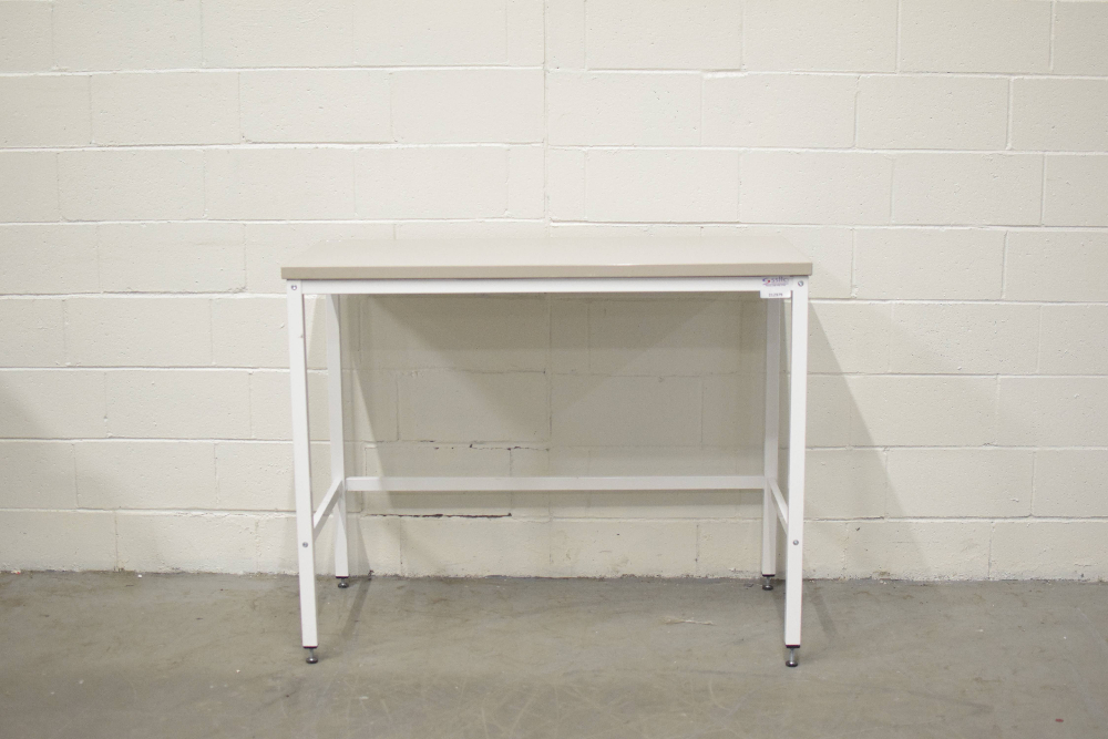 4 Ft Stationary Lab Table