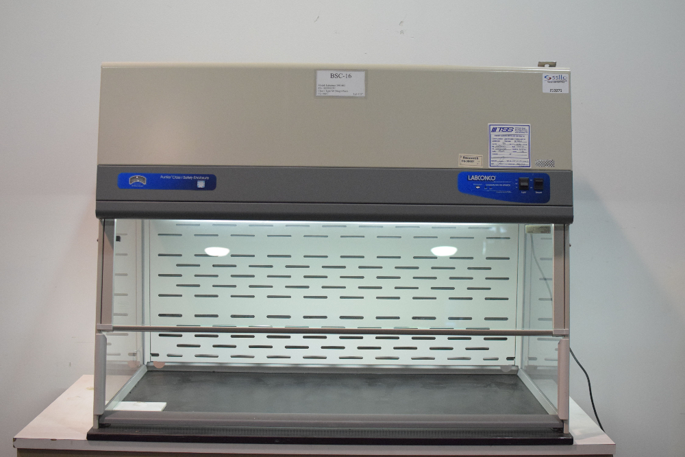 Labconco Purifier Class I Safety Enclosure