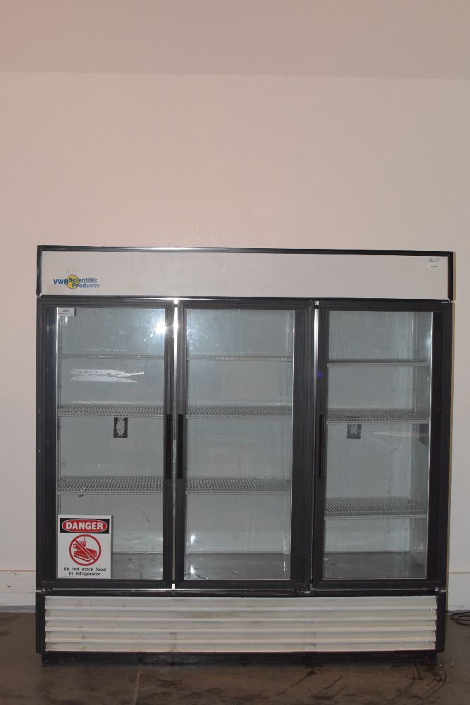 VWR True Manufacturing GDM-72 3 Door Refrigerator
