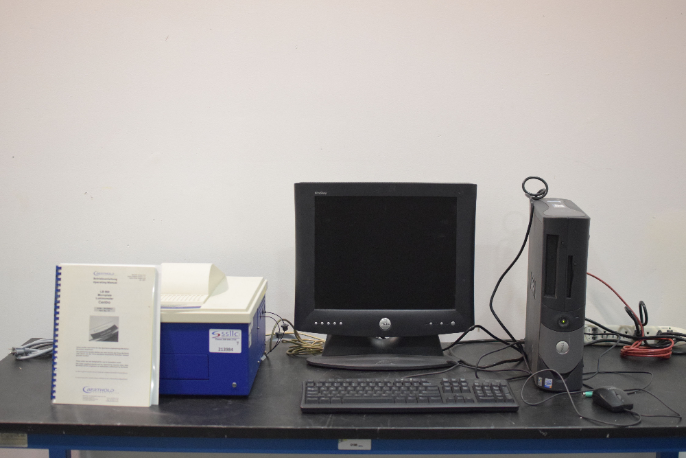 Centro LB 960 Microplate Luminometer