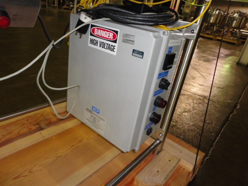 Carlisle Life Sciences 2-Glove Rigid-Wall Transfer Isolator