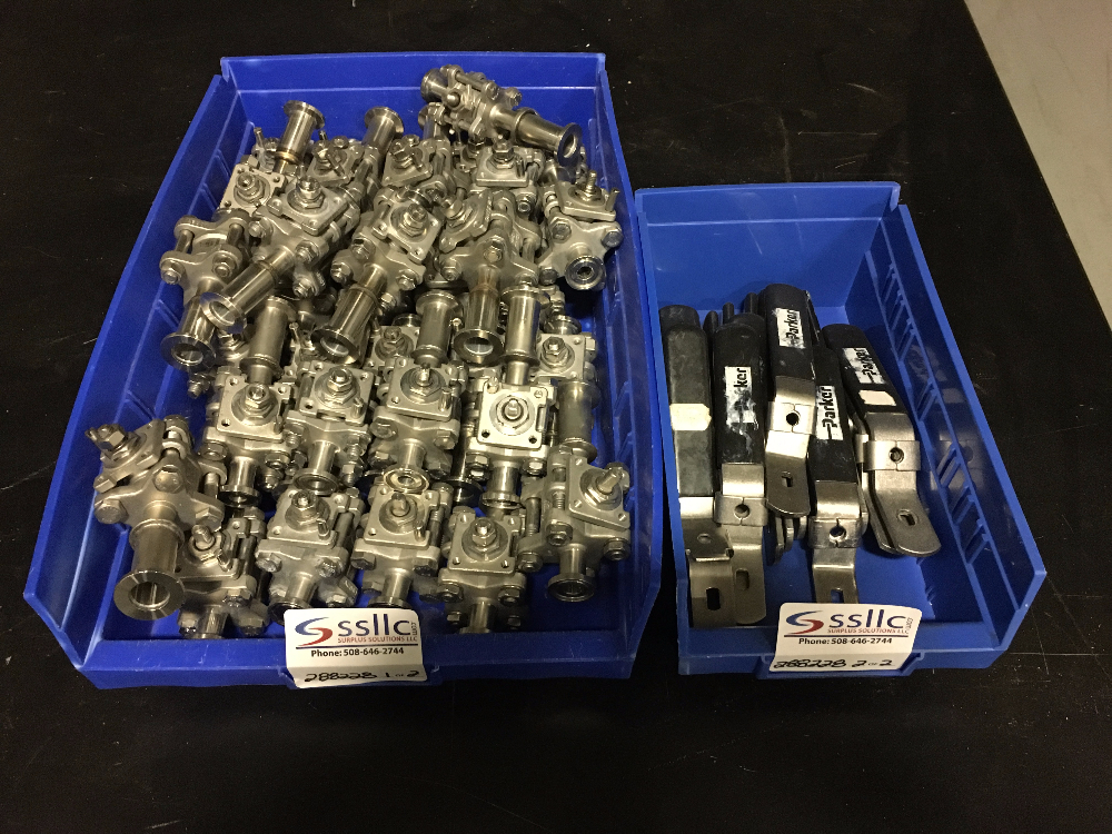 Lot of (34) Ball Valves