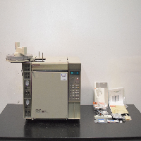 Hewlett Packard 5890 Series II Gas Chromatograph