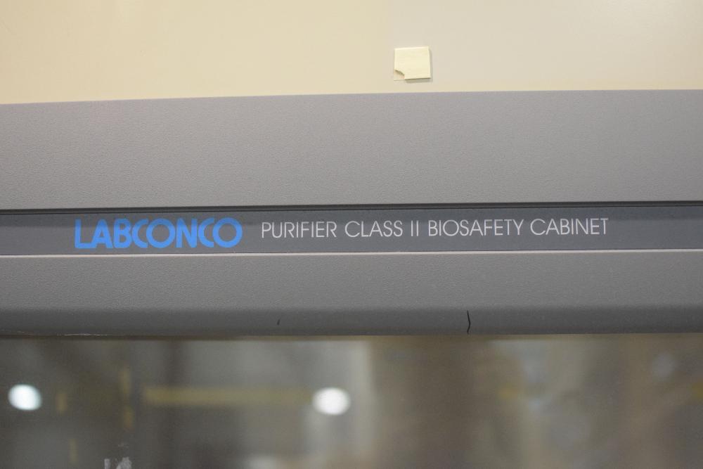Labconco Purifier Class II Biosafety Cabinet