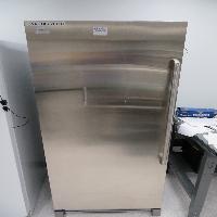 Electrolux Freezer Model# EI32AF80QSB