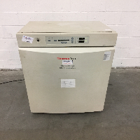 Thermo Forma 310 Direct Heat CO2 Incubator