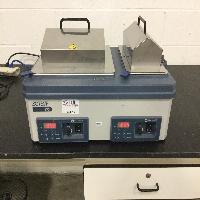Fisher Scientific 215 IsoTemp Waterbath