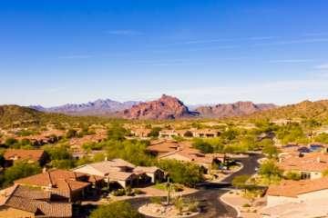 Aerial Neighborhood View in Mesa, AZ (Pic)