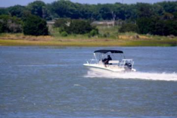 Boating fun (Pic)