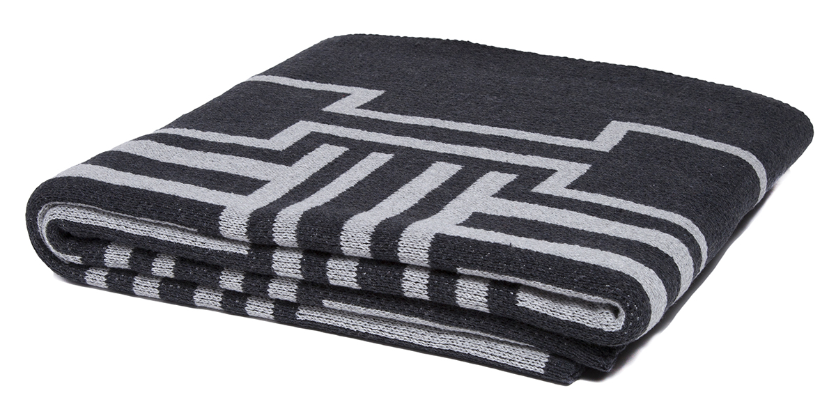 Illusions Black/Aluminum-  <a href='https://www.in2green.com/collections/stacy-garcia-collection/products/eco-illusions-throw' style='text-decoration: underline;'>Where to Buy</a>
