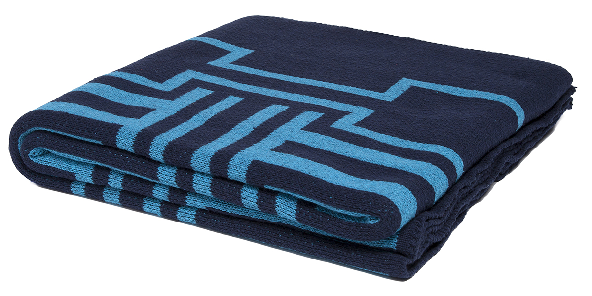 Illusions Marine/Teal-  <a href='https://www.in2green.com/collections/stacy-garcia-collection/products/eco-illusions-throw' style='text-decoration: underline;'>Where to Buy</a>