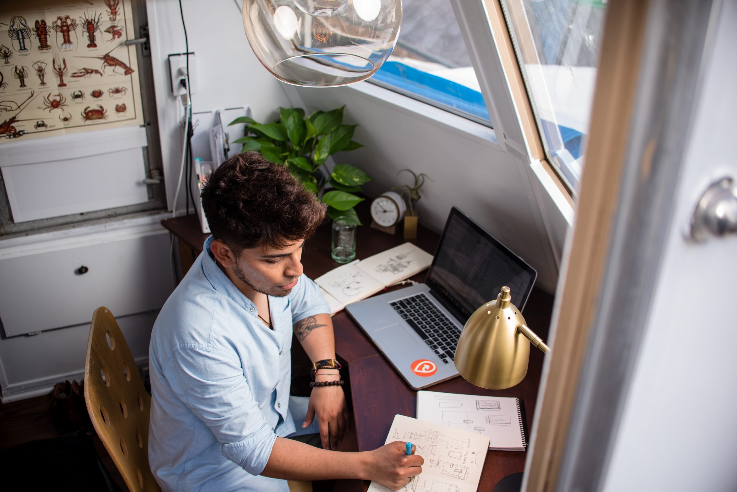 How do Freight Forwarders Work from Home?