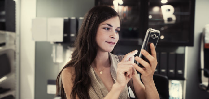 Using Text Messages to Reach Your Target Audience   BusinessCollective
