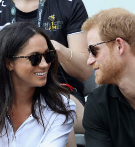 MEGHAN MARKLE AND HARRY ARE HOLDING HANDS IN PUBLIC.