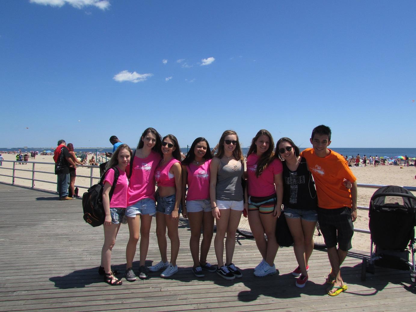 Estudantes em Coney Island
