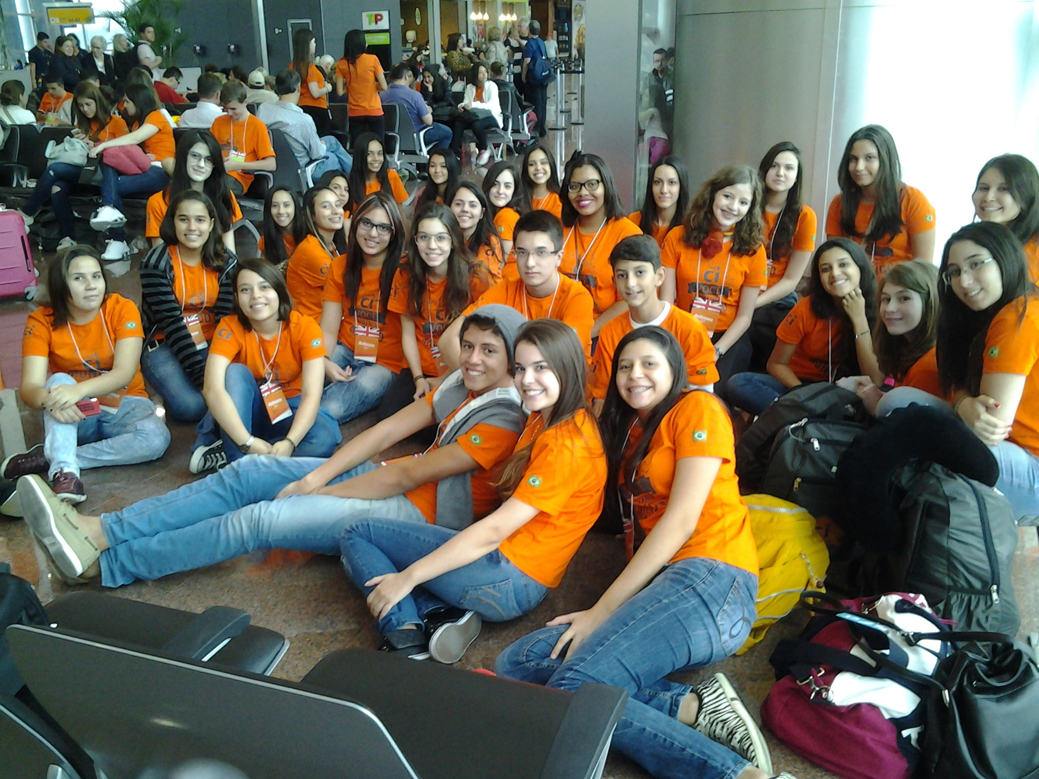 Grupo no aeroporto
