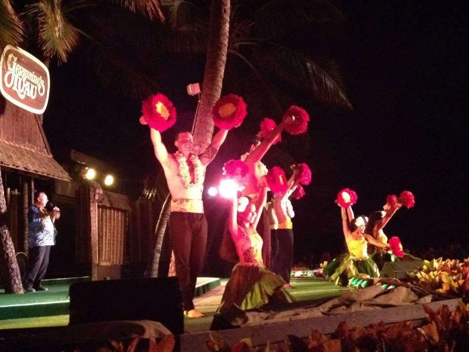 Hula dancers 3