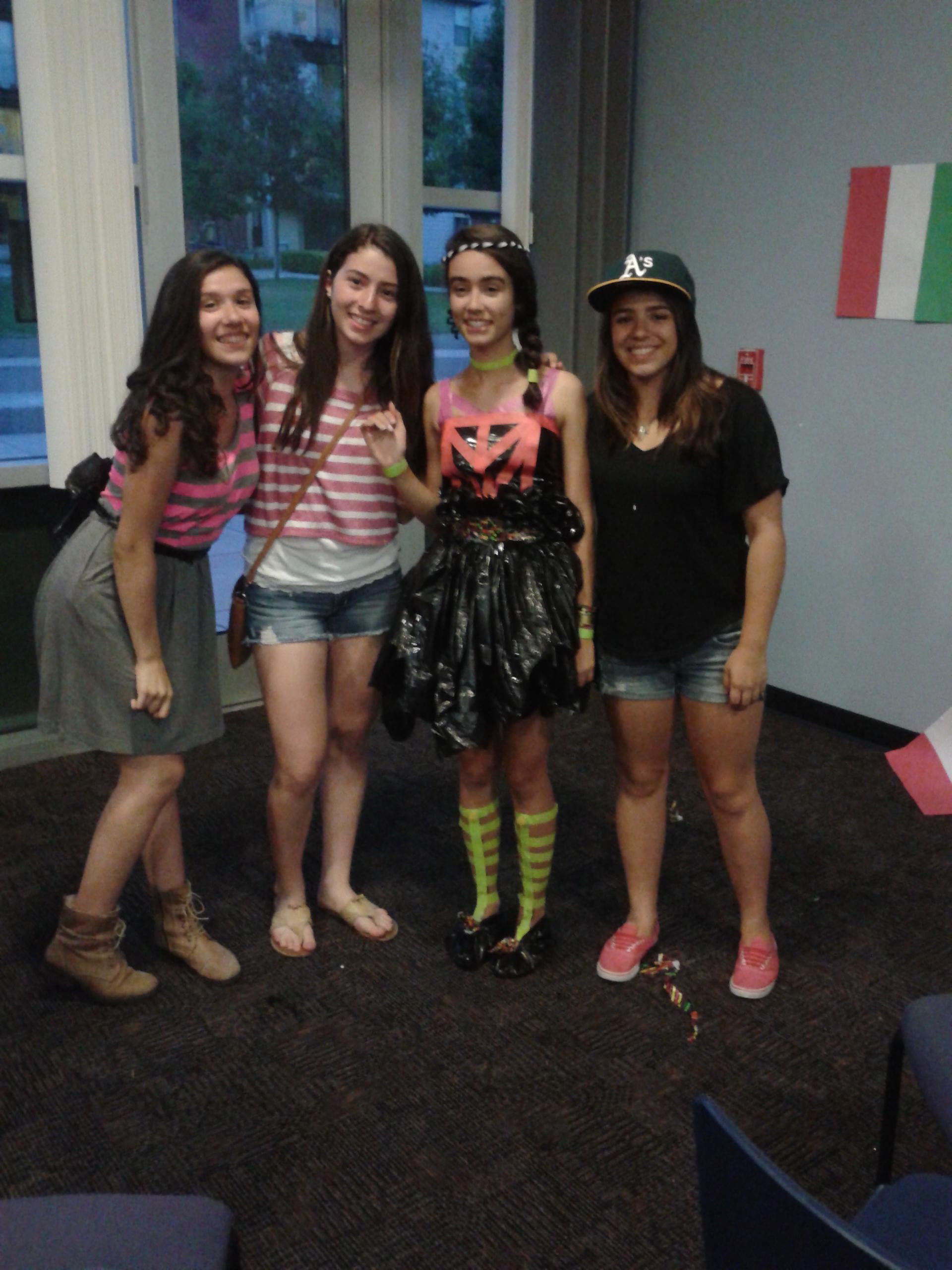 Juliana, Gabriela, Barbara e Giovana, equipe que pra mim vale ouro!