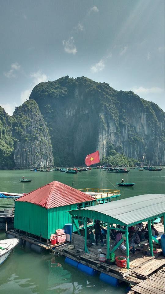 Uma das 4 vilas de pescadores distribuídas ao longo da Baía.