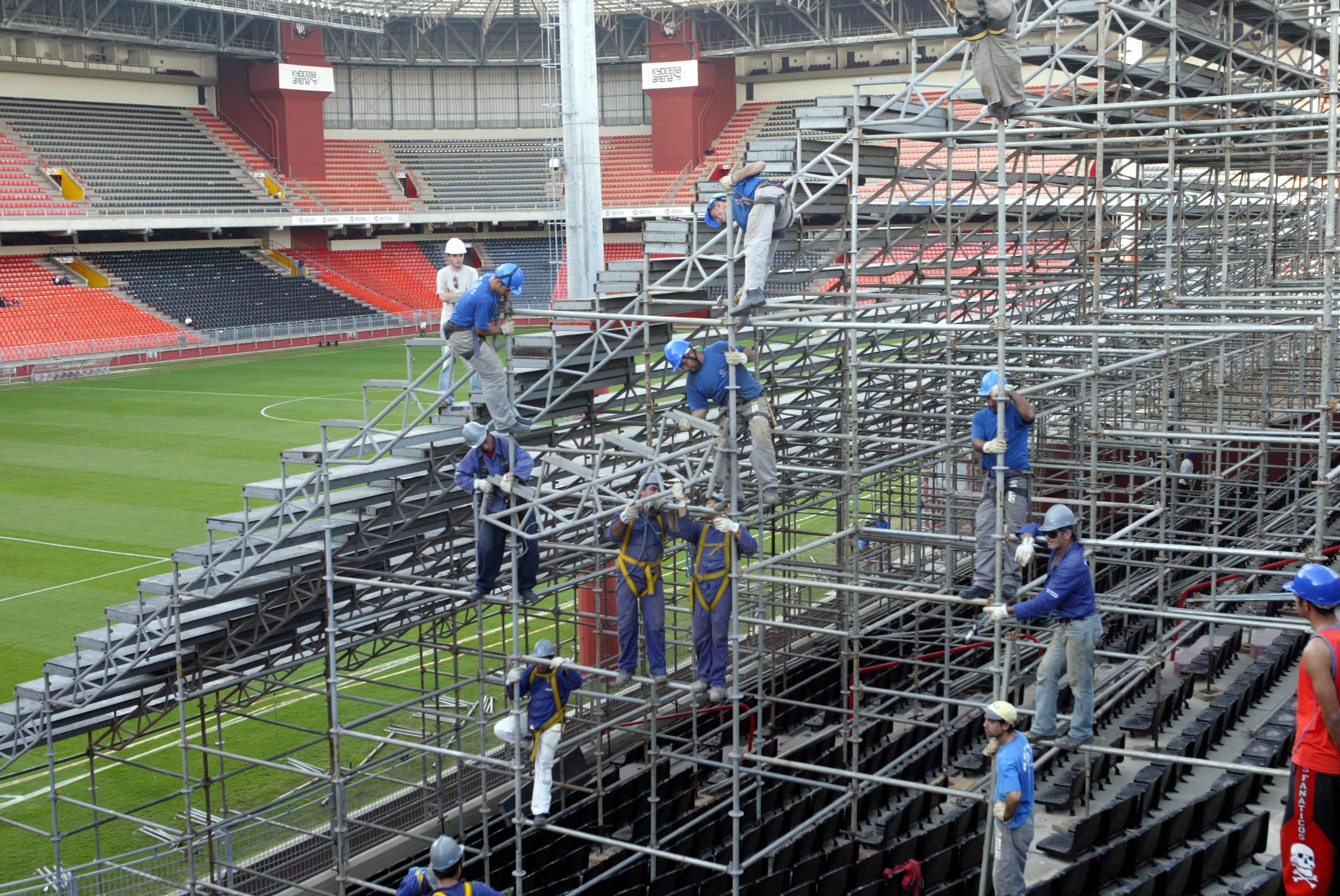 48c9df850a Petraglia revela ameaças da Conmebol ao Atlético-PR na Libertadores 2005