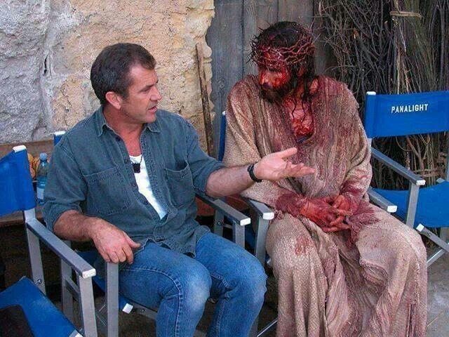 Mel Gibson e Jim Caviezel, nos bastidores do filme