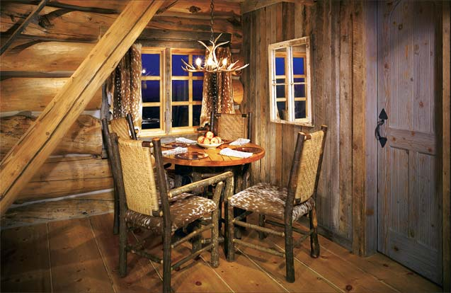 Rustic Dining Area | Cabin Dining Room
