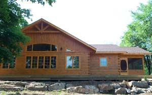 frontenac small log home