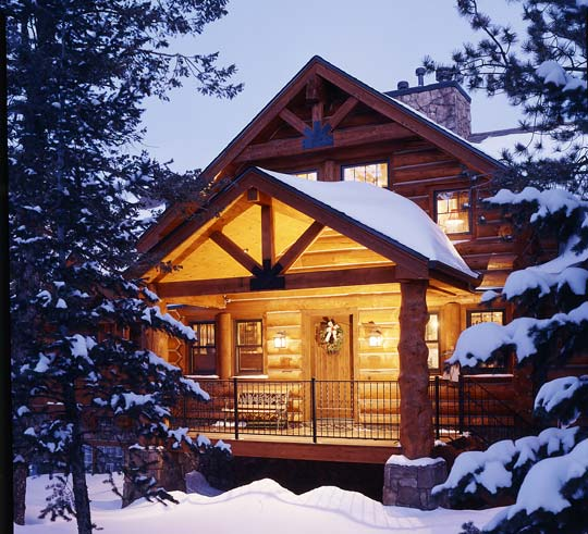 A Log Home In The Colorado Mountains